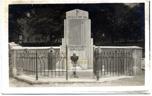 Monumento ai Caduti alle 4 strade.