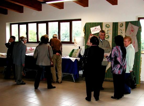 02 - Visitatori alla mostra